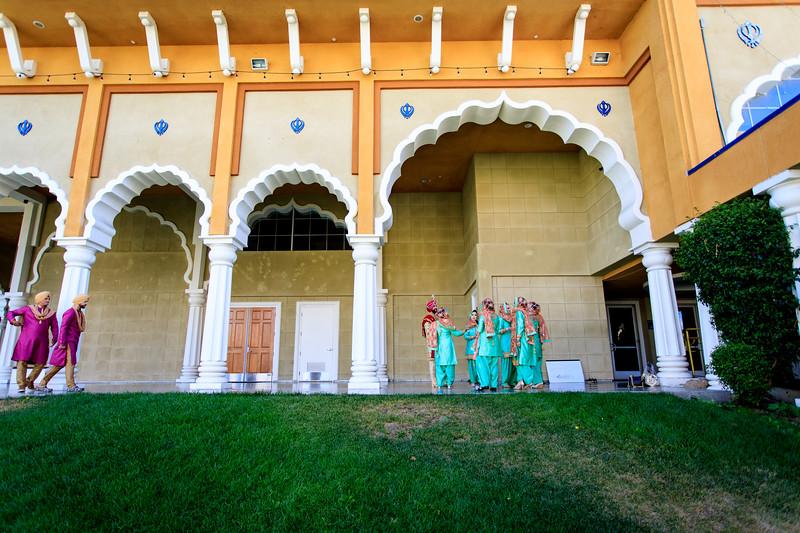 Neelam_and_Matt_Gurdwara_Wedding-1211.jpg