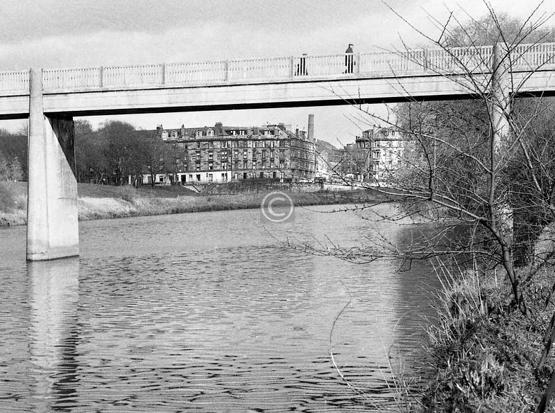 Polmadie footbridge.  March 1973