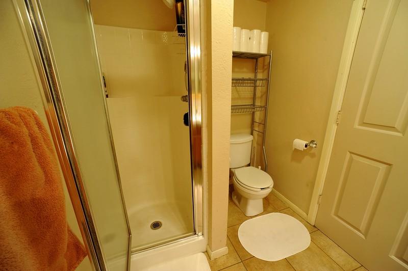 Apartment 004.jpg