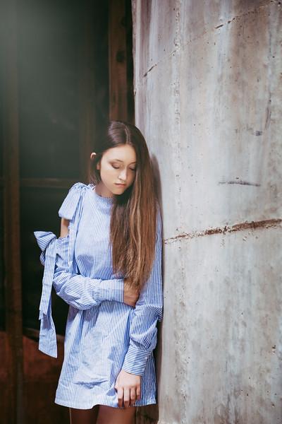 Bluedress-04.jpg