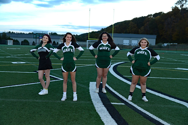 Greenwave Varsity High School Cheerleaders 2018