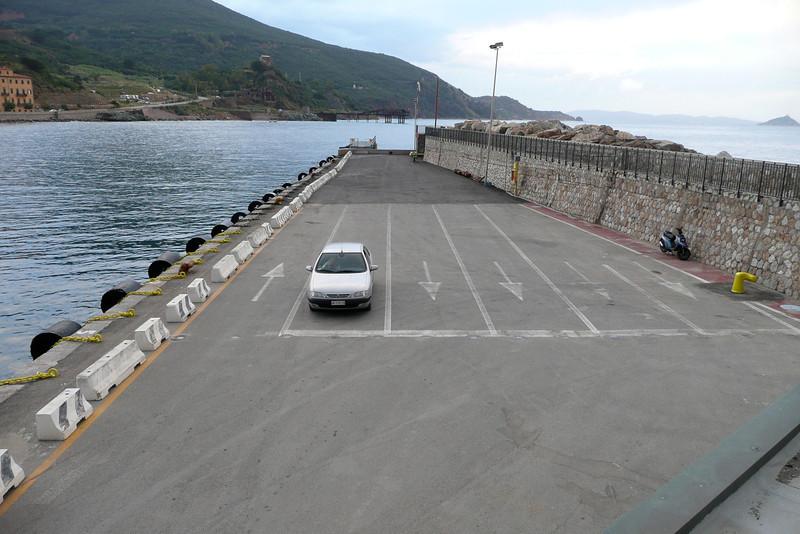 Early Wait. Rio Marina, Isola d'Elba
