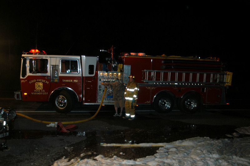 mahanoy township vehicle fire 2 5-22-2010 012.JPG