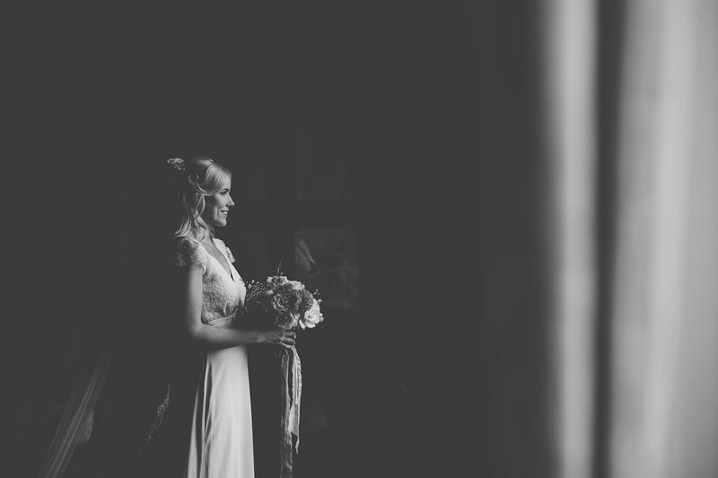 Bride Portrait - Aoife O'Sullivan Photography 2.jpg