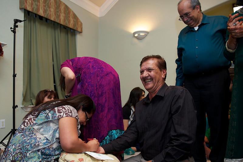 Rahim-Mehndi-2012-06-00506.jpg
