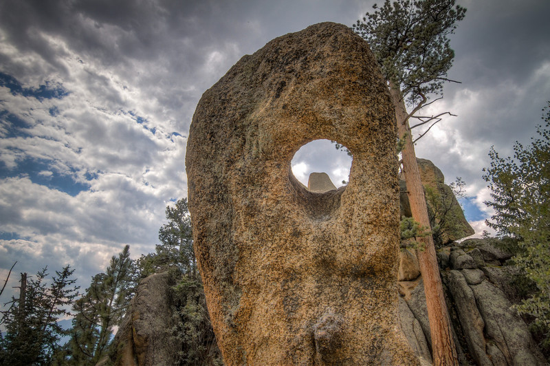 hole_rock.jpg