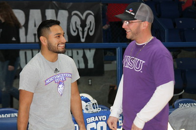 Joaquin's Jesus Bravo signs Commitment to NSU