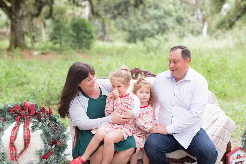 Holiday Minis- Bogie Family-4.jpg