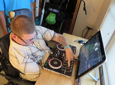 Sean 'DJ Wheelz' Mochon 090814