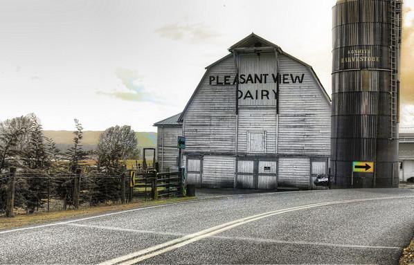 Video slide show of barns