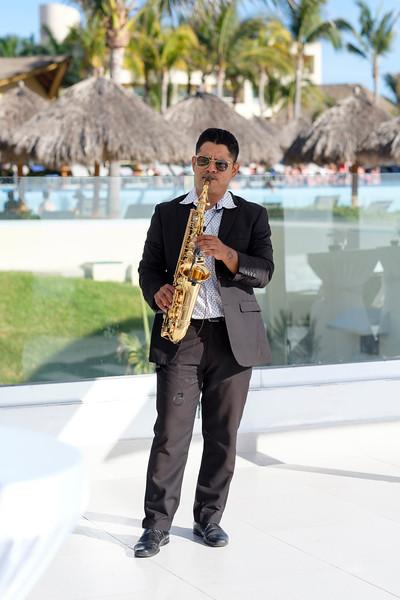 Cesar Saxofón