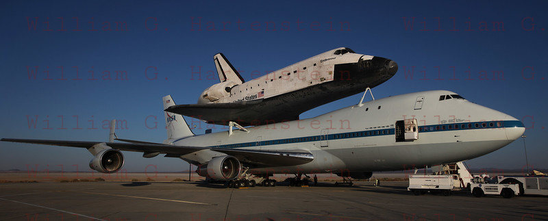 Endeavour arrives at Dryden one final time. Sept. 20, 2012
