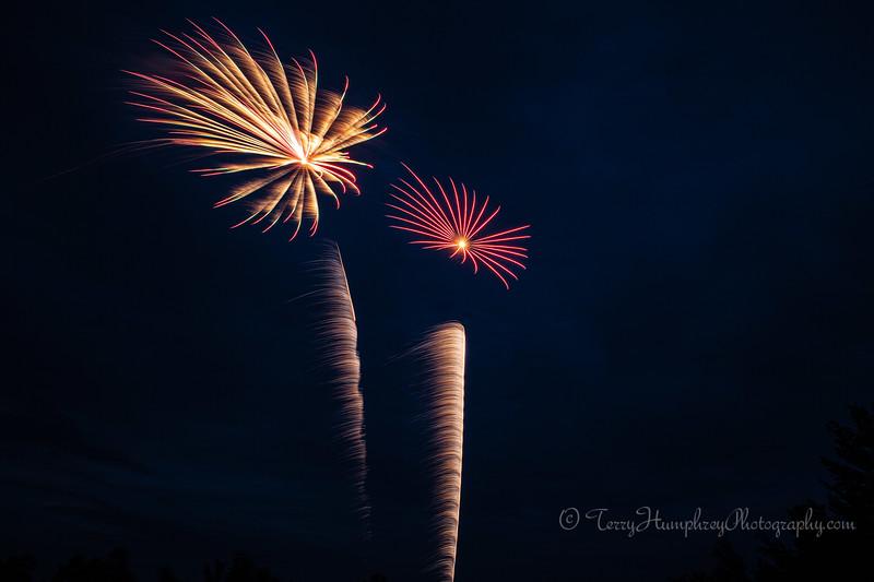 2019 Paradise Fireworks-11.jpg