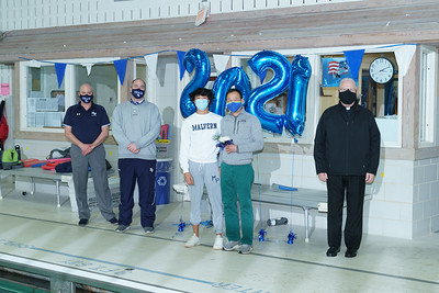 Swimming & Diving Senior Day 2021