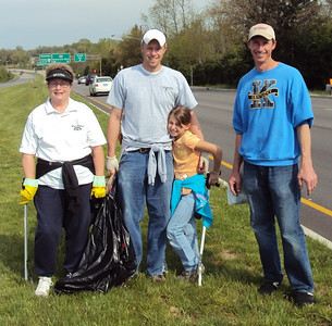 2011 Bob Ryan's Trash Clean Up Crew
