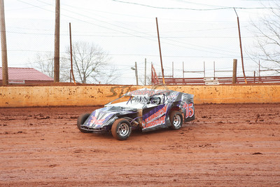 U.M.P. DIRTcar Modifieds