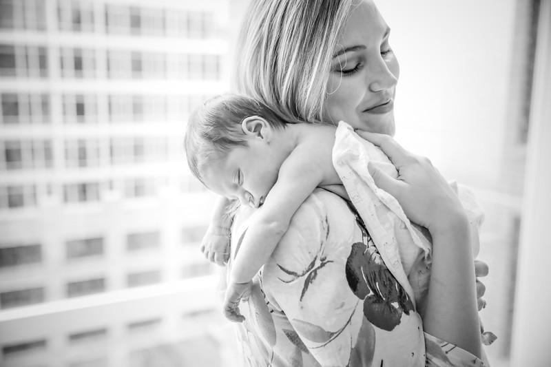 bw_newport_babies_photography_hoboken_at_home_newborn_shoot-5612.jpg