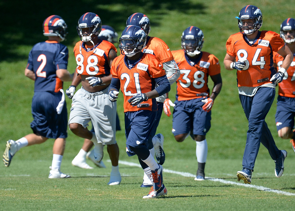 . Denver Broncos running back Ronnie Hillman (21) heads to drills during practice  August 26, 2013 at Dove Valley. (Photo by John Leyba/The Denver Post)