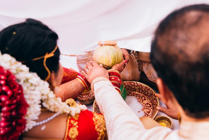 Yashodhar-Carolyn-169.jpg