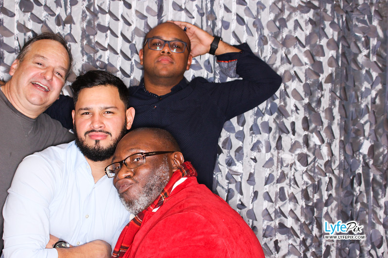 red-hawk-2017-holiday-party-beltsville-maryland-sheraton-photo-booth-0254.jpg