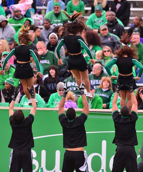 cheerleaders3648.jpg