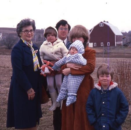 Mom's 90th BD pics 062.jpg