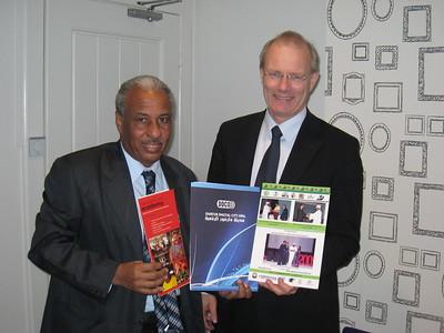 2011-0413 Ahmed Eisa visits DSE