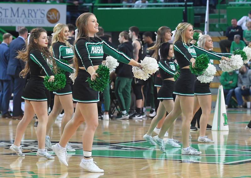 cheerleaders3179.jpg