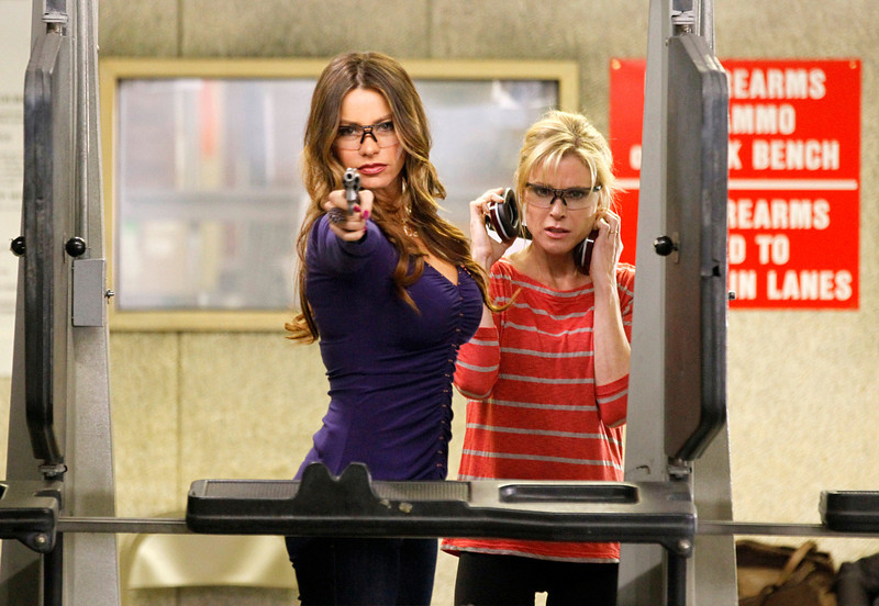 ". In this image released by ABC, Sofia Vergara, left, and Julie Bowen are shown in a scene from the comedy series ""Modern Family.\""   The program was nominated Thursday, Dec. 13, 2012 for a Golden Globe award for best comedy series. Vergara was also nominated for best supporting actress in a comedy series. The 70th annual Golden Globe Awards will be held on Jan. 13. (AP Photo/ABC, Peter Stone)"