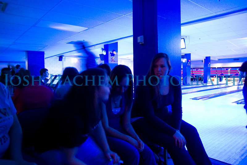 February 07, 2009 Bowling! 7