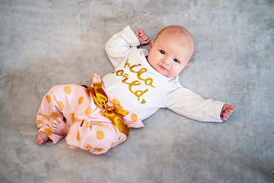 11/23/19 Maxine Newborn