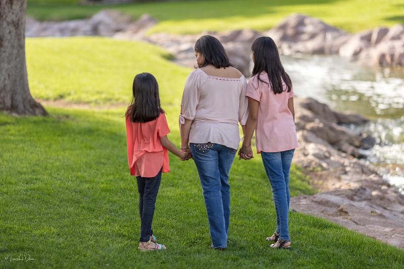 Urvi Family-206.jpg