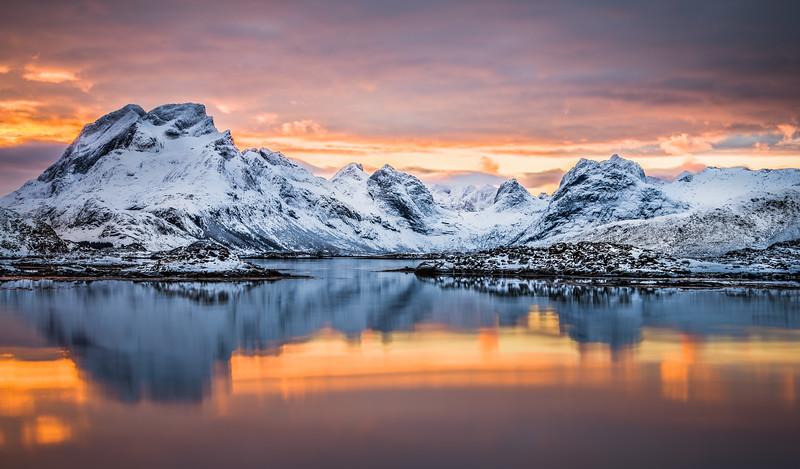 Norway_Muench_Day3_Lofoten-20150117-06_29_21-Rajnish GuptaAnd4more.jpg