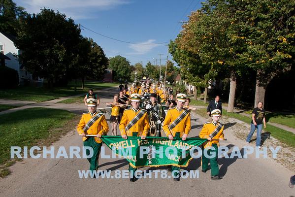 2010-09-24-Homecoming Parade-Game vs Grand Blanc