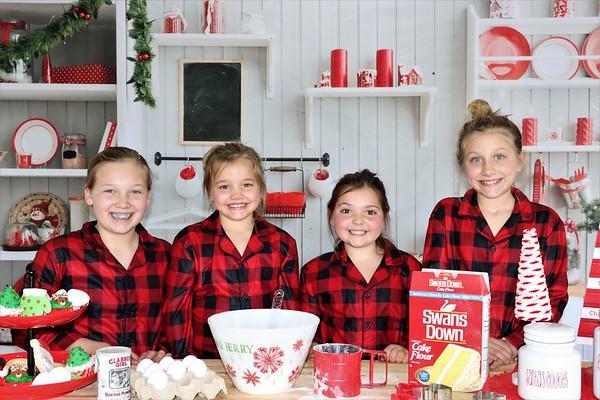 Adalynn, Jaylinn, and Autumm   Christmas 2020