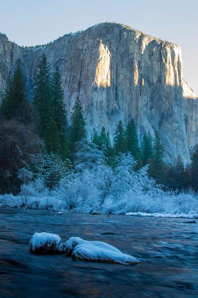 Yosemite River2.jpg