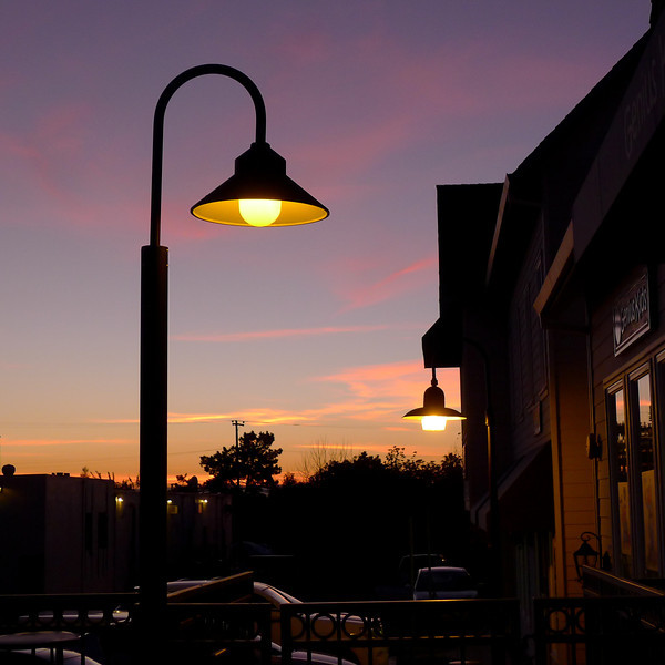 Sunset in Fremont with lamps.