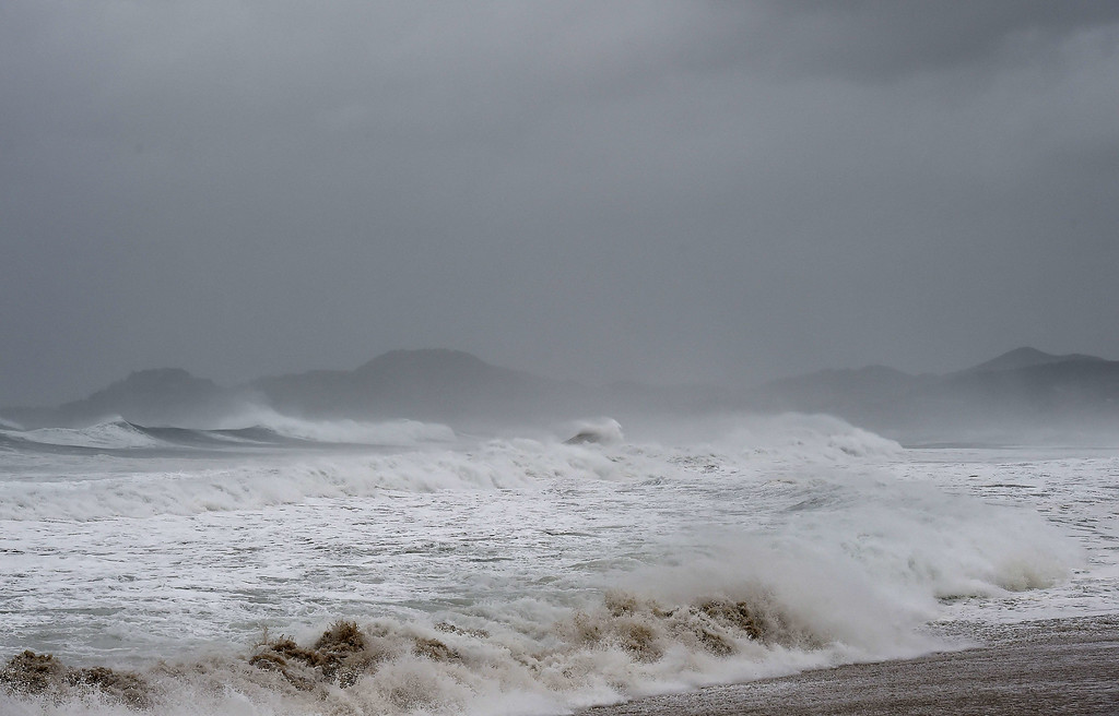 . View of waves in San Jose del Cabo, Baja California State, Mexico, on September 14, 2014. Hurricane Odile swirled menacingly toward Mexico\'s Los Cabos resorts on Sunday, leading authorities to evacuate high-risk areas and open shelters as the powerful storm threatened to thrash the Pacific coast. AFP PHOTO/RONALDO SCHEMIDT/AFP/Getty Images