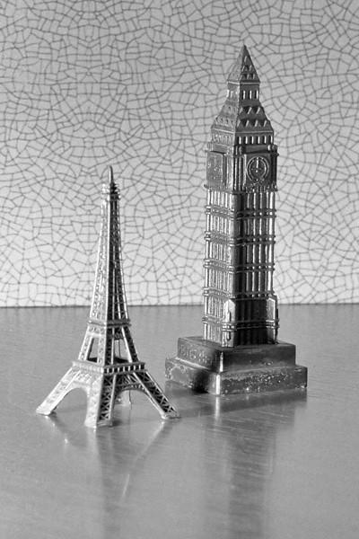 Testing flash lights on European landmarks
