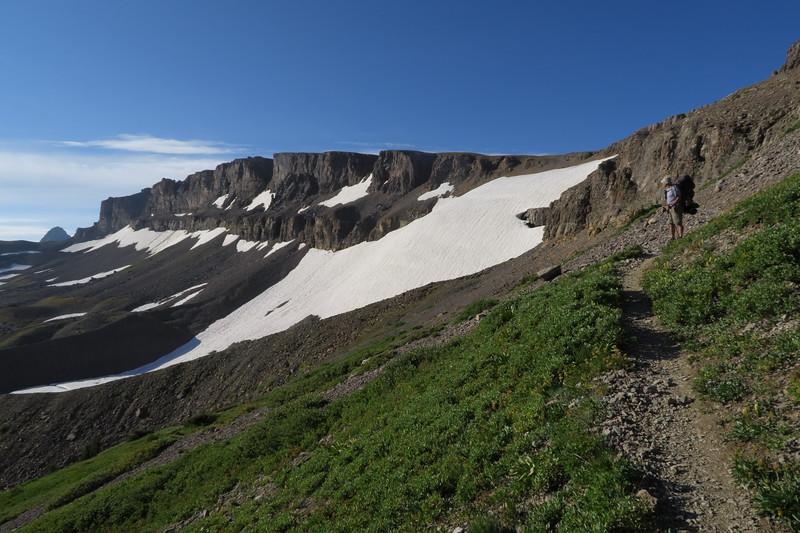 Down into South Cascade Canyon
