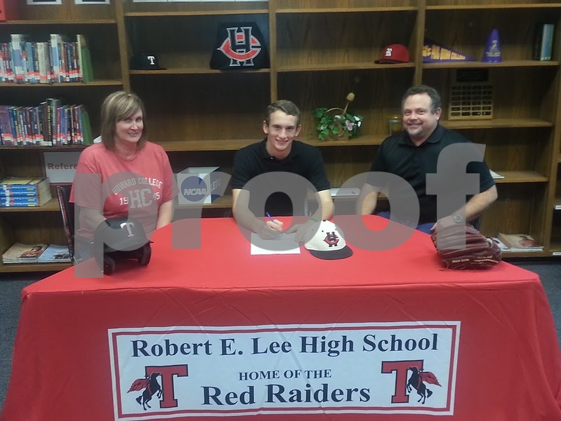 lee baseball signing