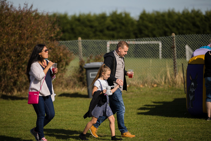 bensavellphotography_lloyds_clinical_homecare_family_fun_day_event_photography (134 of 405).jpg