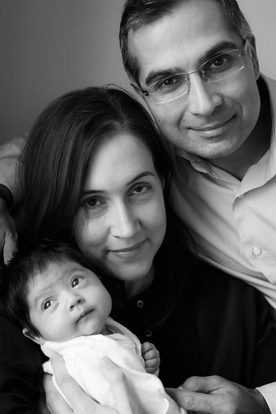 GANDHI FAMILY (lo-res)-15.jpg