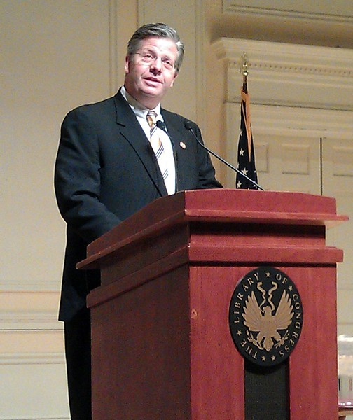 Rep. Randy Hultgren (@RepHultgren), co-chair of the House Science and National Labs Caucus, introduces Neil deGrasse Tyson (@neiltyson)