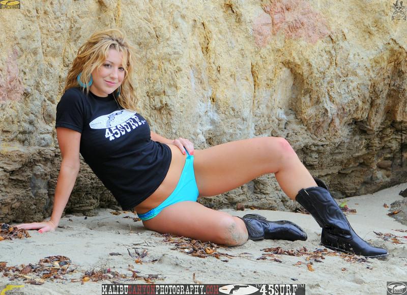 malibu swimsuit model beuatiful woman bikini 030.,.