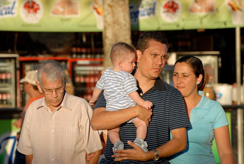 080126 0373 Costa Rica - Palmares Fiesta _P ~E ~L.JPG