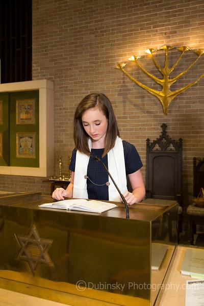 julia-sager-bat-mitzvah-3729-09-03-15.jpg