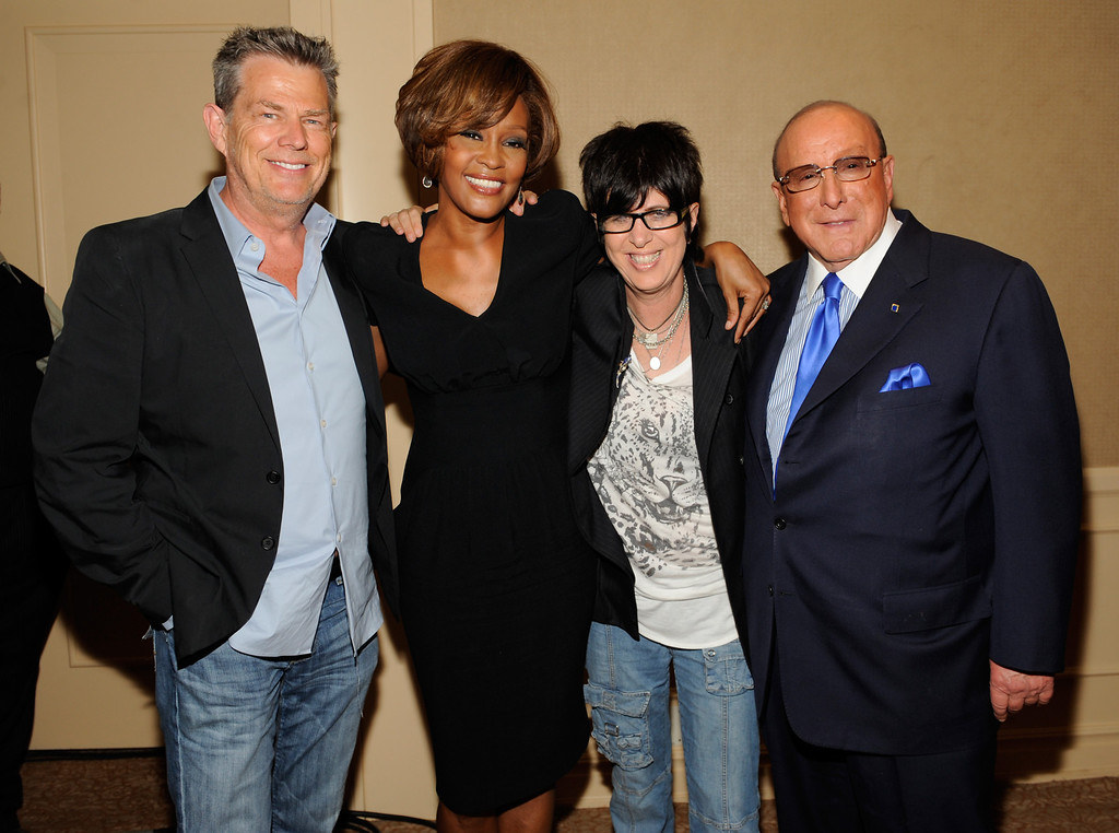 ". BEVERLY HILLS - JULY 23:  (L-R) Producer David Foster, singer Whitney Houston, songwriter Diane Warren and Chief Creative Officer, Sony Music Worldwide, Clive Davis during the Whitney Houston ""I Look To You\"" CD Listening Party held at the Beverly Hilton Hotel on July 23, 2009 in Beverly Hills, California.(Photo by Frank Micelotta/Invsion/AP)"