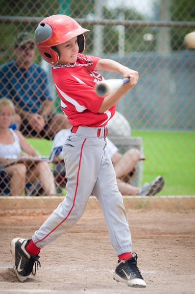 Bryce_batting_DSC_5860-2.jpg