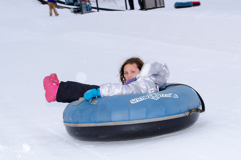 Opening-Day-Tubing-2014_Snow-Trails-70964.jpg